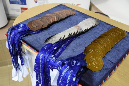 Medaile z M-SR