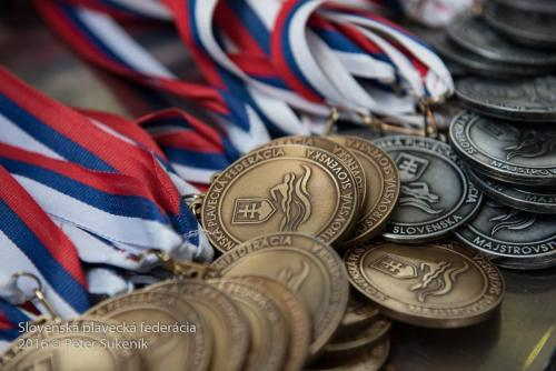 medalile M-SR